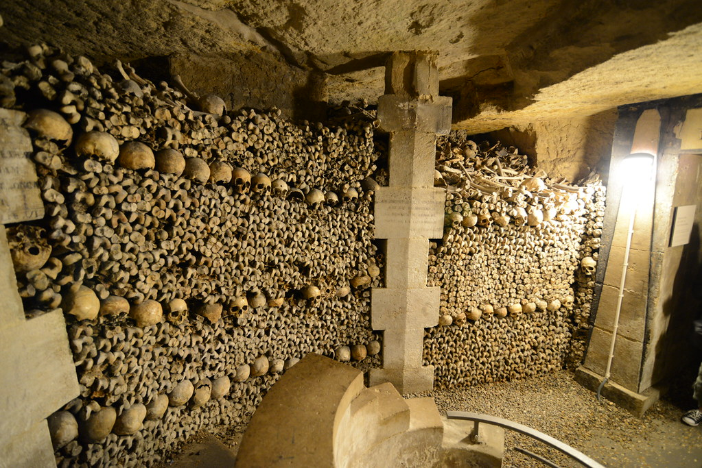 Paris 14 Catacombes